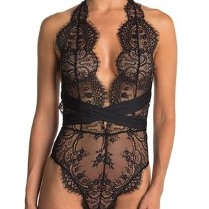 Free people showoff lace bodysuit black deep v